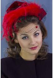 Вечерняя шляпка                           Рианна